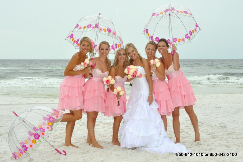 brides and grooms and some special photos of destin weddings the destin beach weddings are stress free destin florida beach weddings is a dream come true